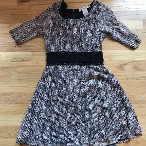patterned lace dress